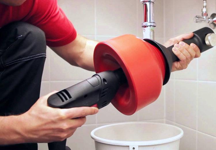 Ответы на вопрос, как прочистить канализационную трубу